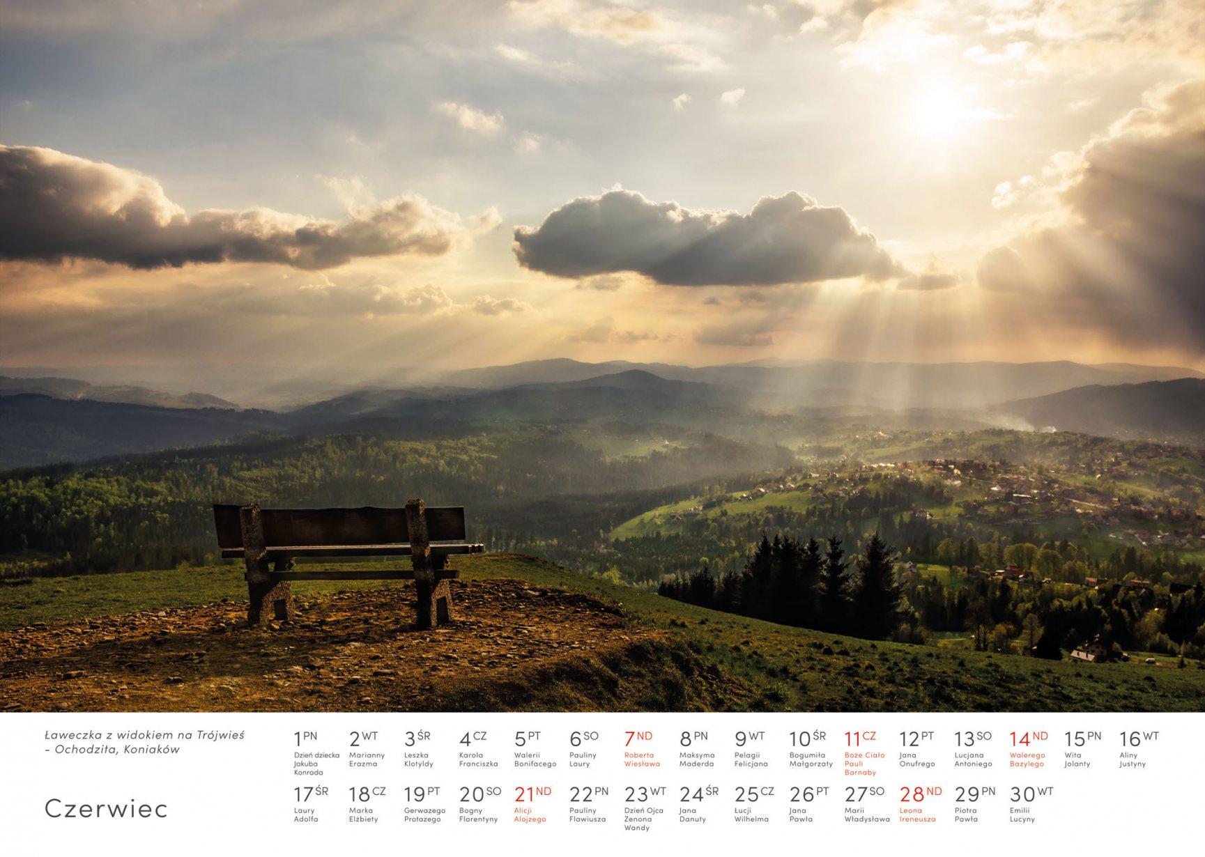 Kalendarz krajobrazy 2020 - Czerwiec - Piotr Kałuża - Ławka na Ochodzitej Koniaków